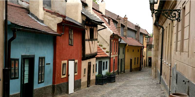prague-ruelle-d-or-1